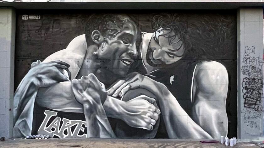 Kobe & Pau mural.
