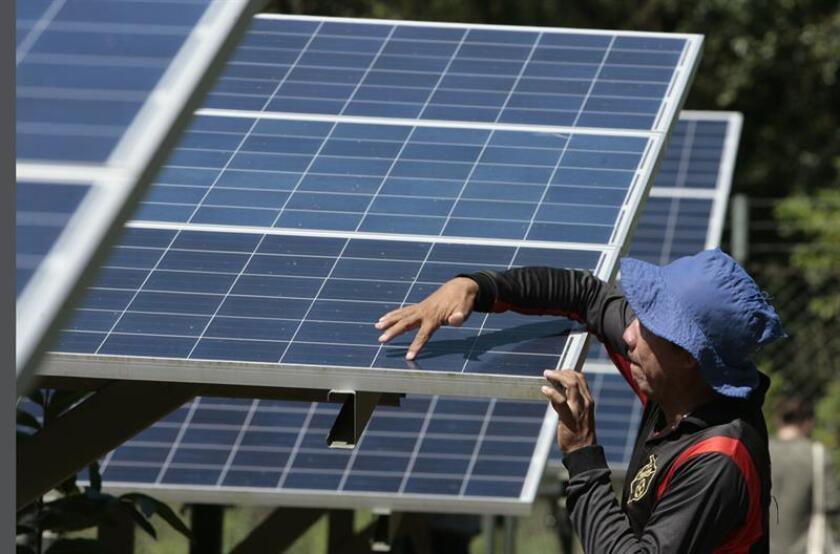 Vista de un sistema de energía solar. EFE/Archivo