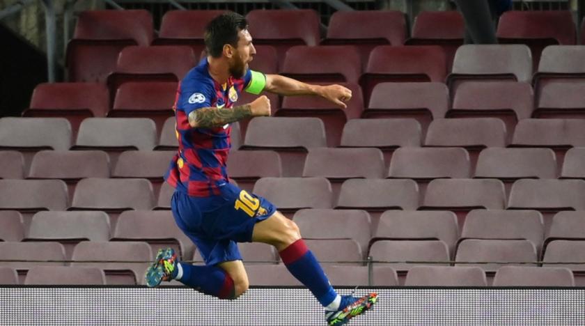 Messi festeja un gol ante el Nápoli. / Foto Por AFP
