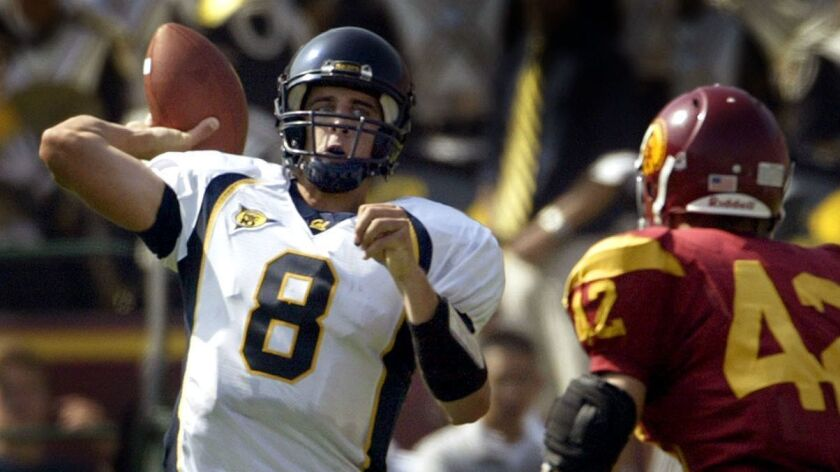 97eb8ba8 Last time Aaron Rodgers played at the Coliseum he matched an NCAA ...