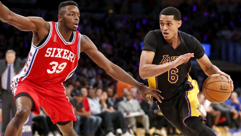 Lakers beat Philadelphia for their first back-to-back wins this season