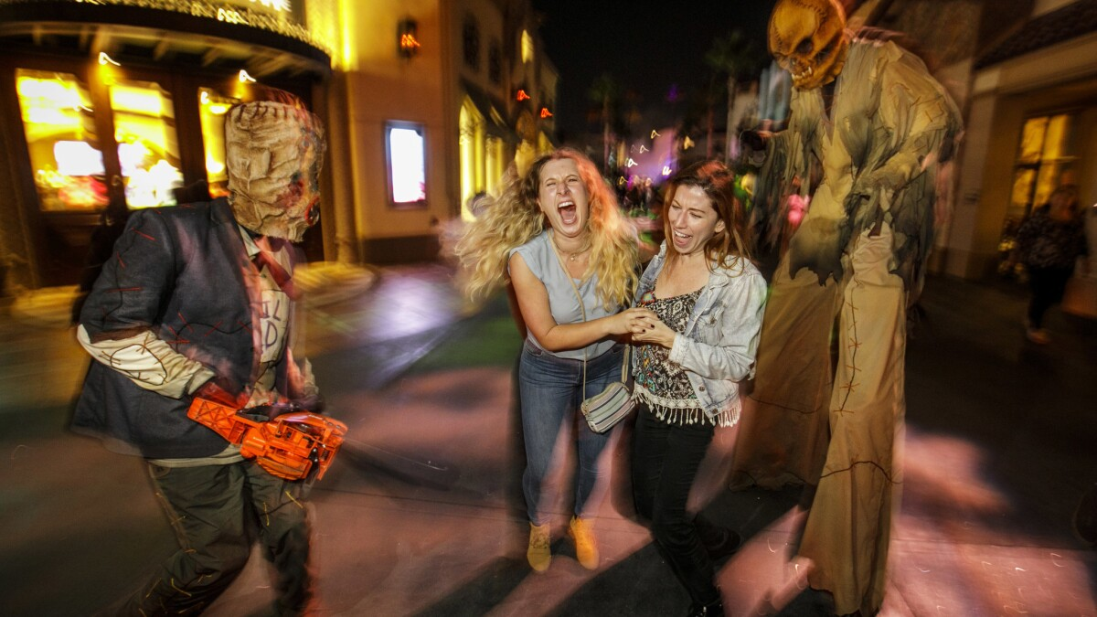 Halloween Events In Redding California 2020 Halloween canceled? COVID 19 threatens theme parks, costumers