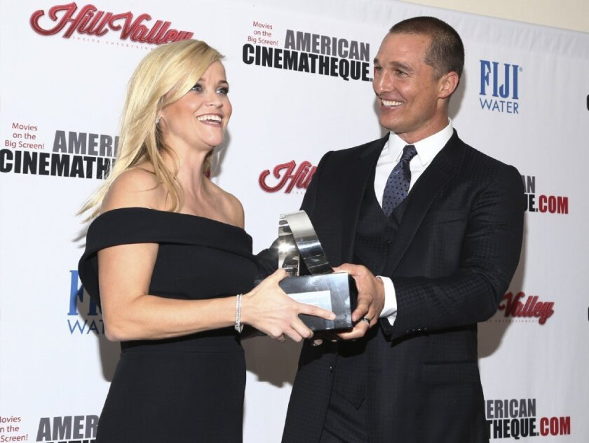 Matthew McConaughey presents Reese Witherspoon with the American Cinematheque Award.