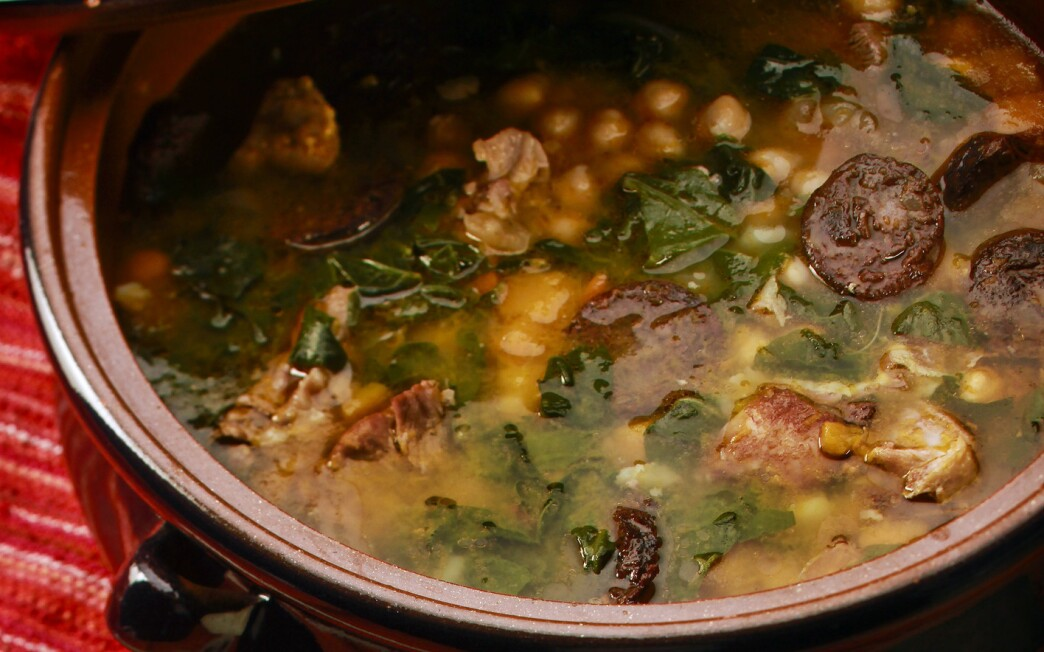 Andalusian stew (Berza Andaluza)