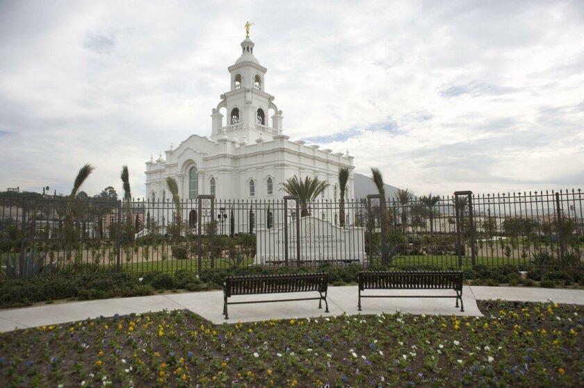 Abre Sus Puertas Templo Mormón En Tijuana San Diego Union