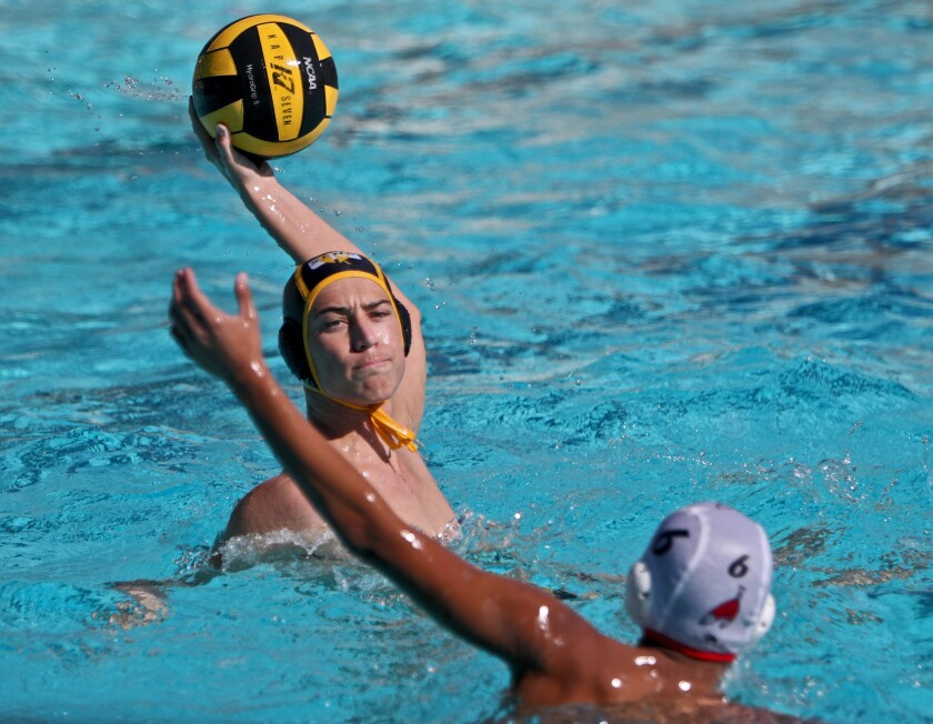 tn-gnp-sp-stfrancis-burroughs-waterpolo-20191109-7