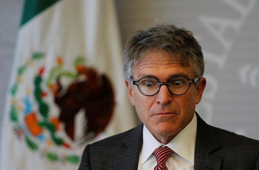 El director del Programa de asistencia jurídica a casos de pena capital (MCLAP, por sus siglas en inglés), Kuykendall Greg, participa hoy durante una rueda de prensa en la Secretaria de Relaciones Exteriores (SRE), en Ciudad de México (México). EFE