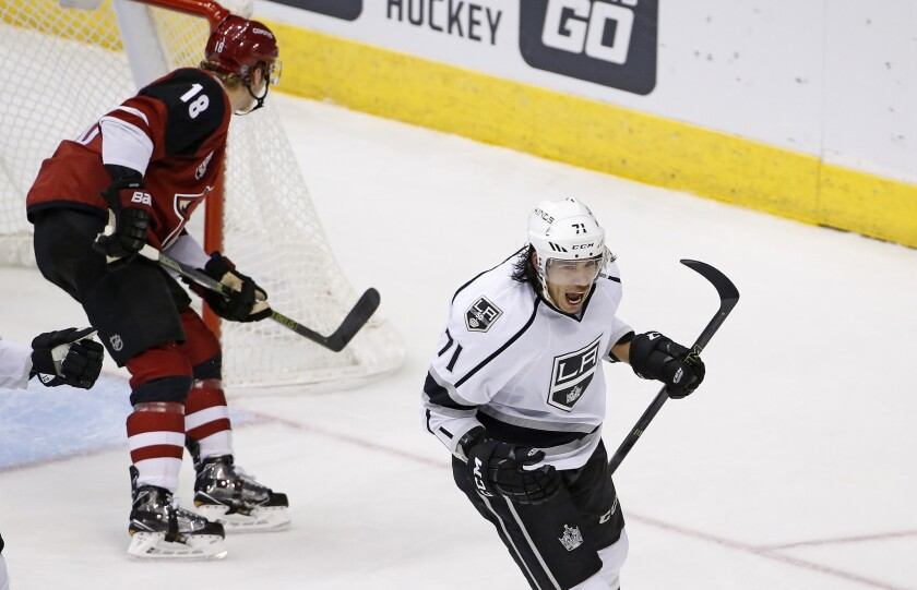 lat-sp-kings-coyotes-wre0044983678-20161201