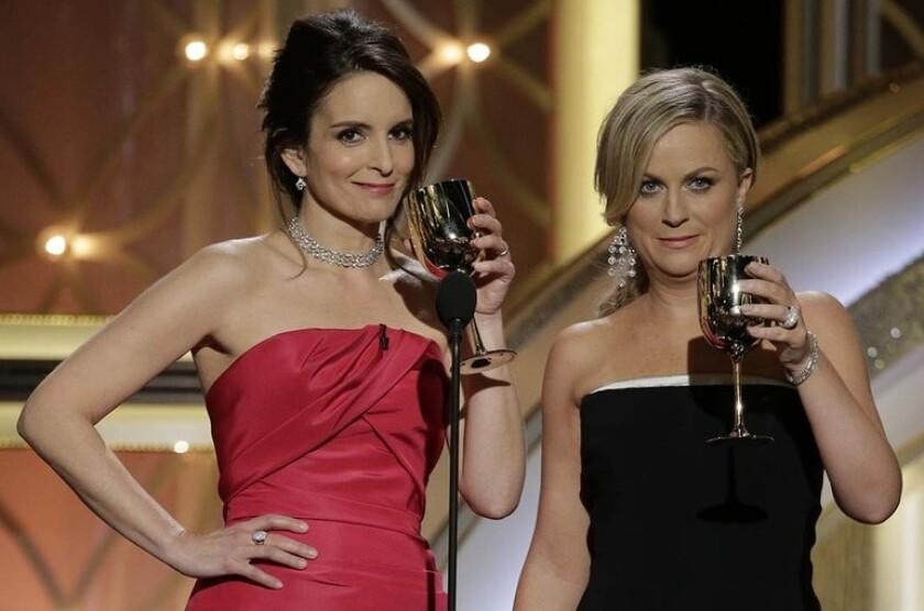 Las actrices Tina Fey y Amy Poehler en un evento anterior.