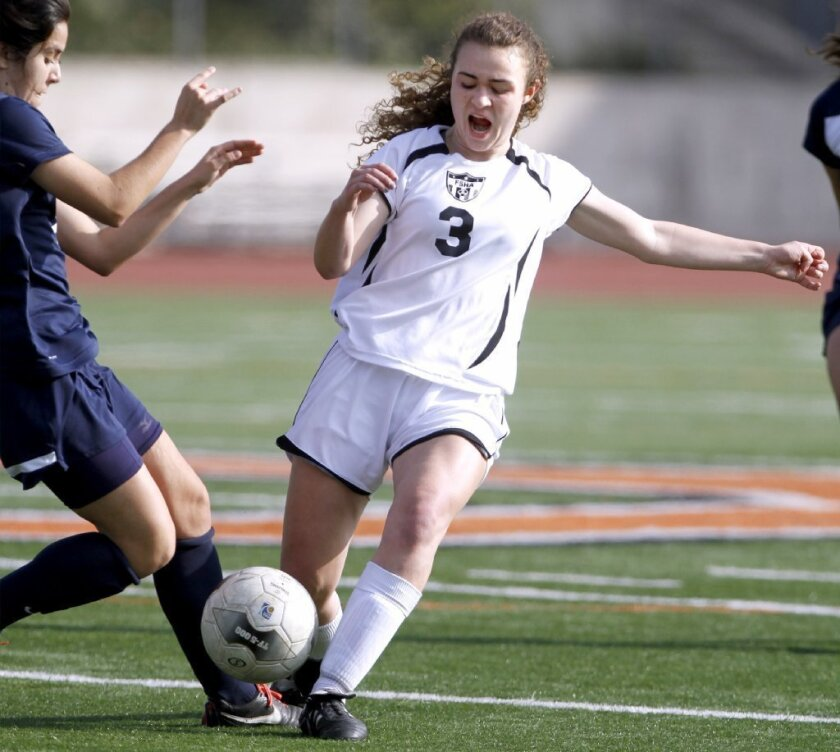Flintridge Sacred Heart soccer shuts out St. Lucy's