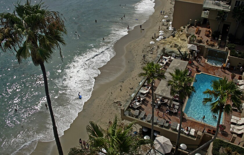 Surf & Sand Hotel, the beach-side resort in Laguna Beach, is offering discounted room rates in a sale that runs Nov. 27 and 30.