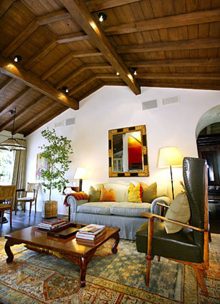 Acting couple Ben Affleck and Jennifer Garner are the latest owners of a California ranch house in the Pacific Palisades that has been capturing the imagination of A-listers since Gregory Peck bought it in 1947. This is the den in the 8,800-square-foot home they bought from producer Grazer for $17.55 million, according to public records.