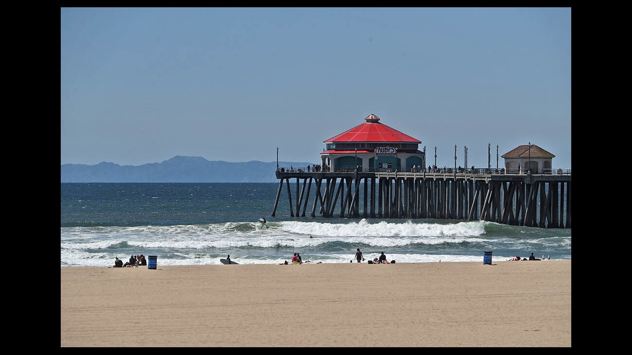 Photo Gallery: Clear days in Huntington Beach for sightseeing, bird watching