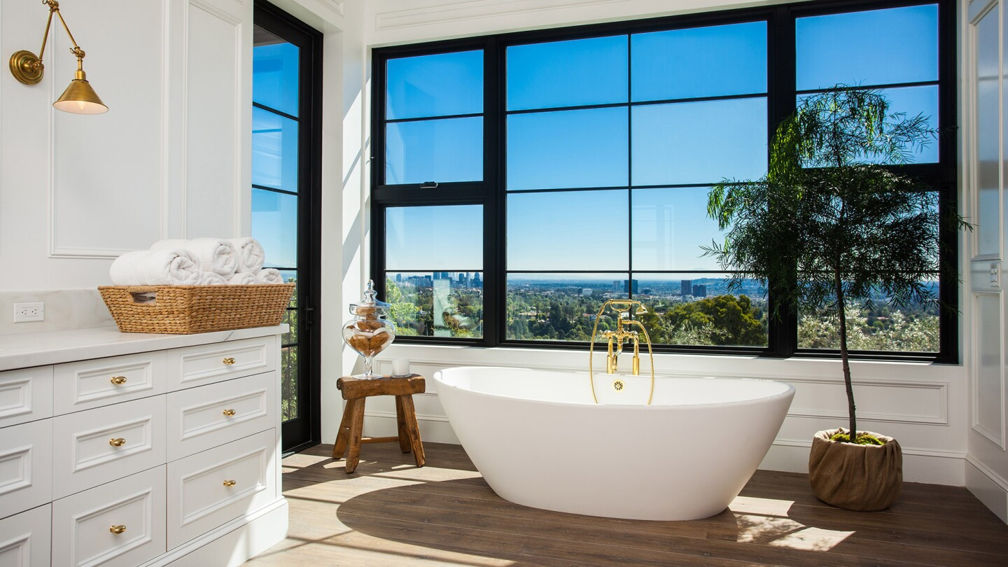 Commanding pride of place in modern luxury bathrooms, sculptural soaking tubs provide a portal for relaxation, renewal and escape.