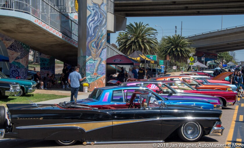 01654-20180505 Cinco de Mayo celebrations at Balboa Park - with dancing & horses + Chicano Park - with lowriders & music-D5