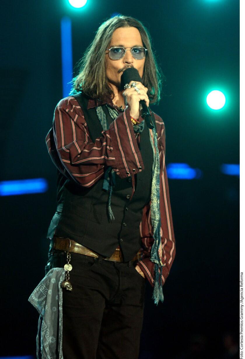 Johnny Depp se negó a pagar a Amber Heard los 6.8 millones de dólares que habían acordado como parte del divorcio entre ambos.