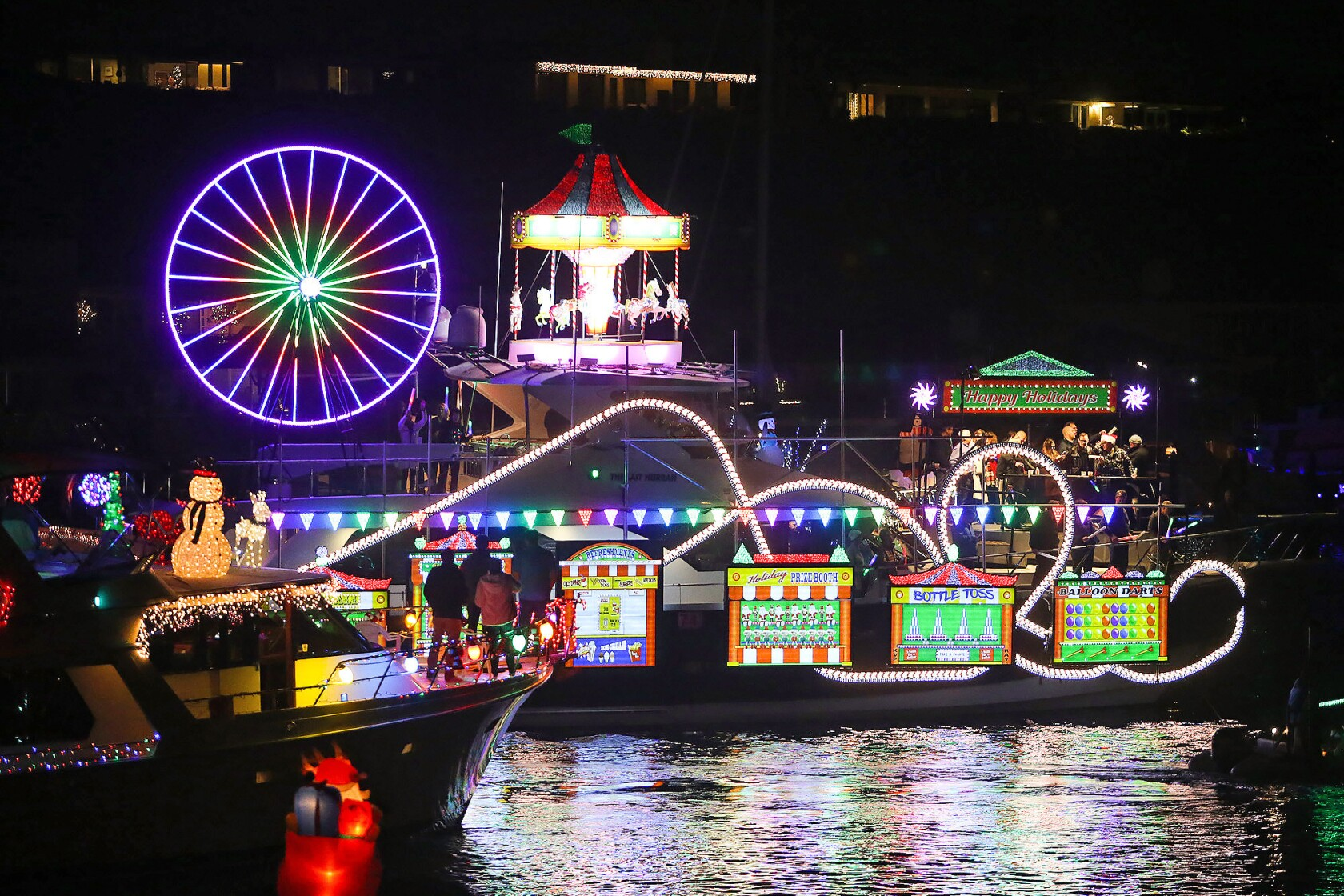 Newport Beach Christmas Lights Cruise.Boat Parade Lights Up The Newport Night Los Angeles Times