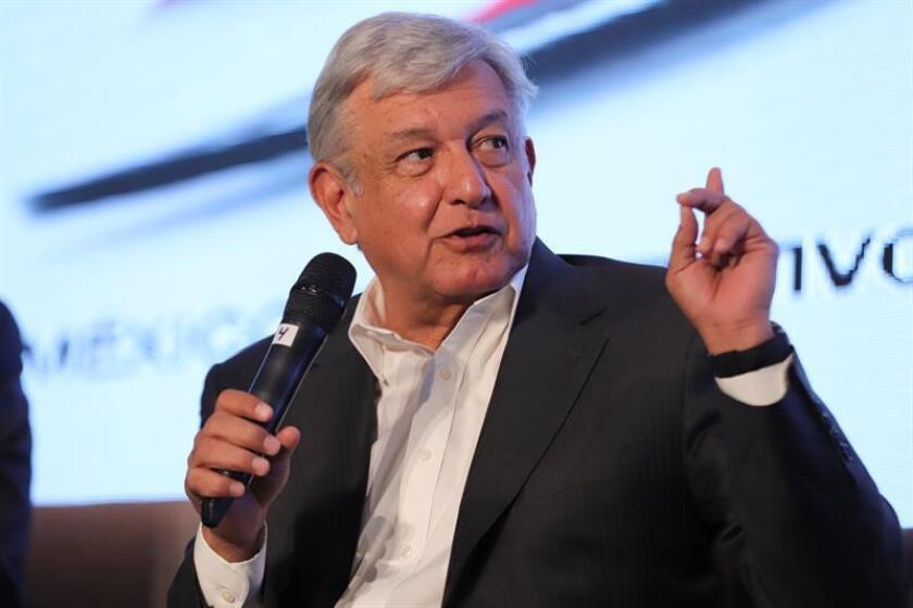Las encuestas para saber quien será el próximo presidente de México han perfilado como posible ganador al izquierdista Andrés Manuel López Obrador, pero con el arranque de las campañas, dichos ejercicios estadísticos estarán bajo la lupa ya que en las últimas elecciones han errado en sus predicciones. EFE/ARCHIVO