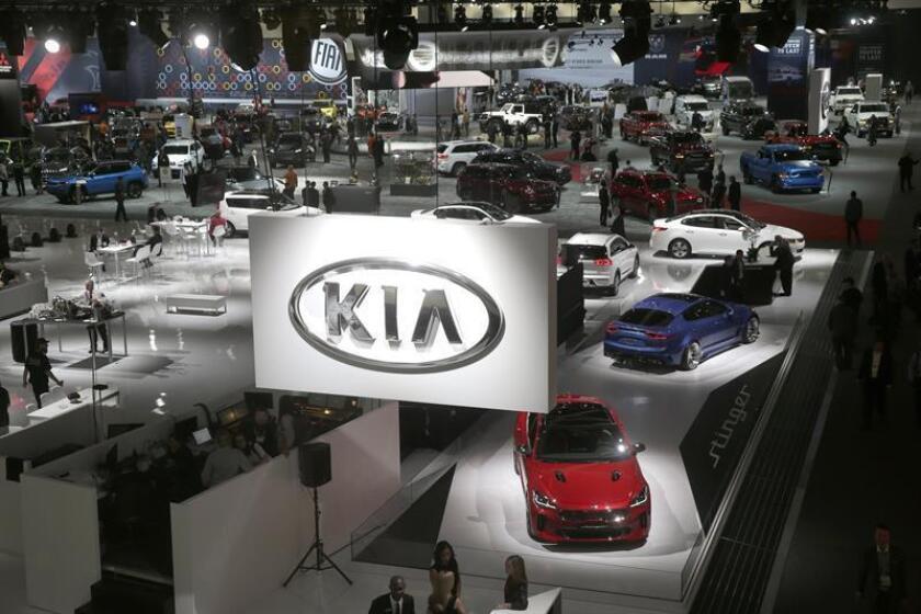 La Procuraduría Federal de Protección al Ambiente (Profepa) de México informó hoy que multó hoy a la empresa automotriz Kia Motors con el equivalente a 378.179 dólares por vender autos sin certificado ambiental. EFE/ARCHIVO