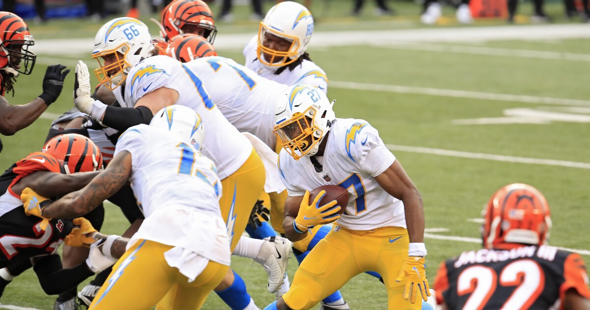 Chargers' 16-13 road victory over the Cincinnati Bengals by the numbers