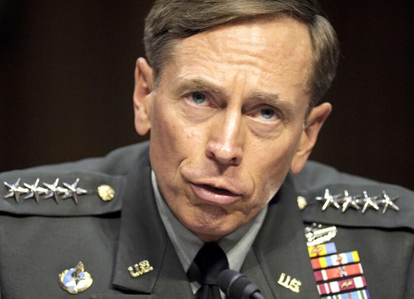 Pentagon declines to demote Gen. David Petraeus for mishandling classified information