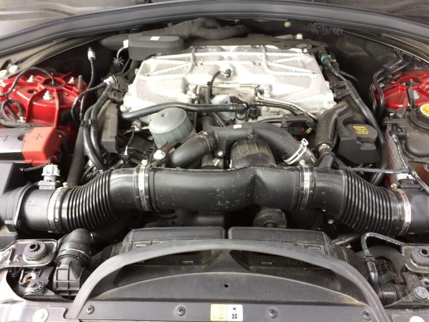 JagF-Pace-SVR-Engine.JPG