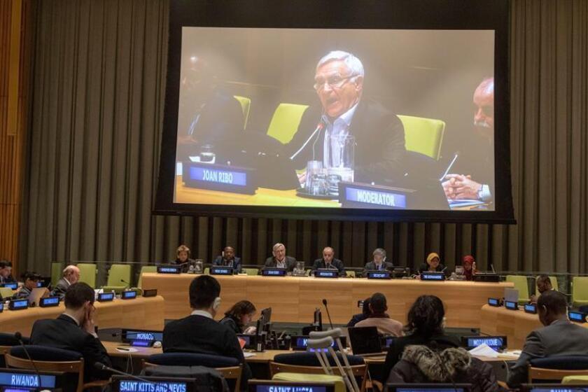 El alcalde de Valencia, Joan Ribó (en pantalla), habla durante su presentación durante una reunión organizada por la Organización de las Naciones Unidas para la Alimentación y la Agricultura (FAO), en Nueva York (EE.UU.). EFE