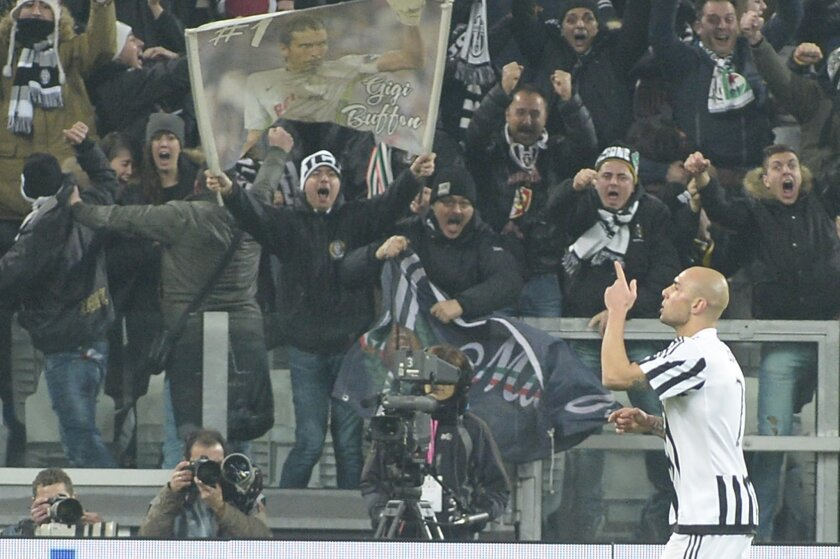 Juventus' Simone Zaza celebrates after scoring during a Serie A soccer match between Juventus and Napoli at the Juventus stadium, in Turin, Italy, Saturday, Feb. 13, 2016. (AP Photo/ Massimo Pinca)