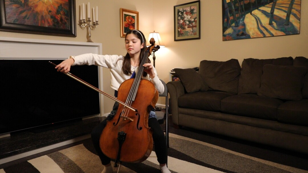 Starla Breshears plays music in her Northern California home.