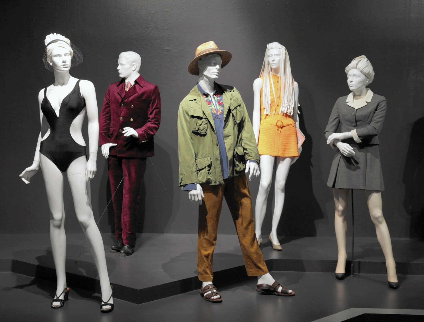 Oscar Costume Design Nominees Work On View At Fidm Museum Los Angeles Times