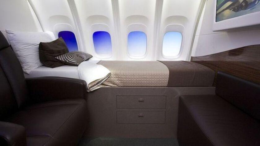 """Algunos quieren unirse al """"Club de la milla de altura"""" cuando viajan en aviones de líne."""