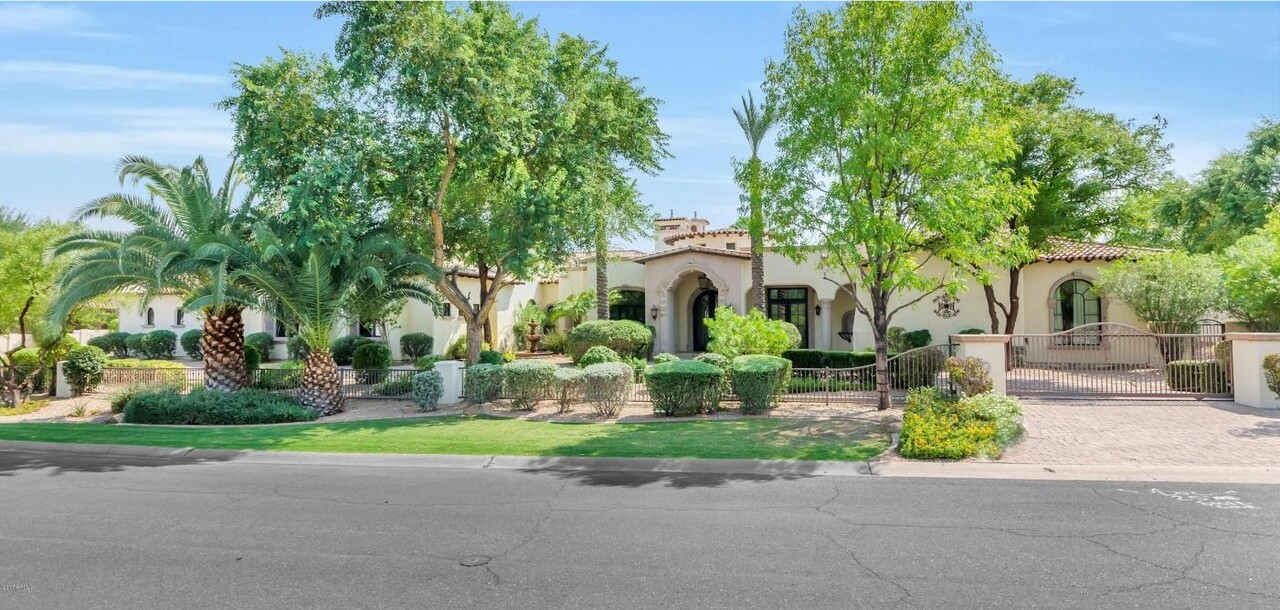 Oliver Perez's Paradise Valley home