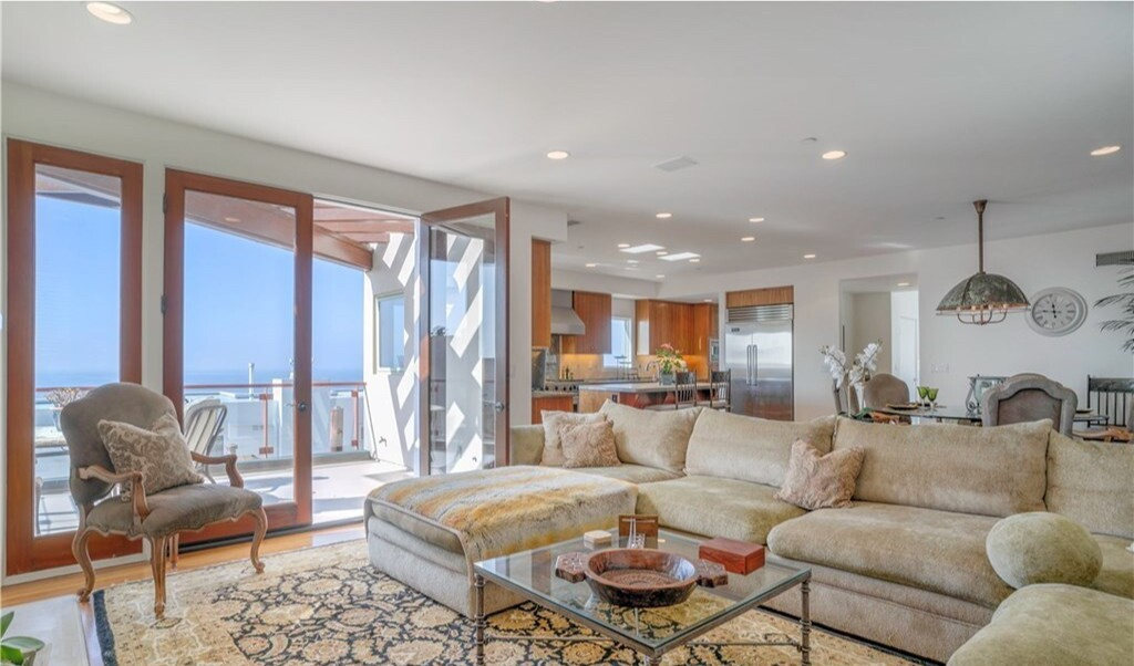 Harvey Mason Jr.'s Manhattan Beach home