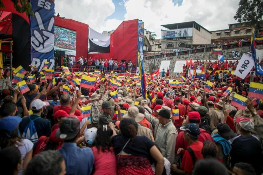 Supporters of Venezuela's government participate in a march in a Caracas to commemorate the 30-year anniversary of the start of the Caracazo, in Caracas, Venezuela, on Feb. 27, 2019. EPA-EFE/Miguel Gutierrez