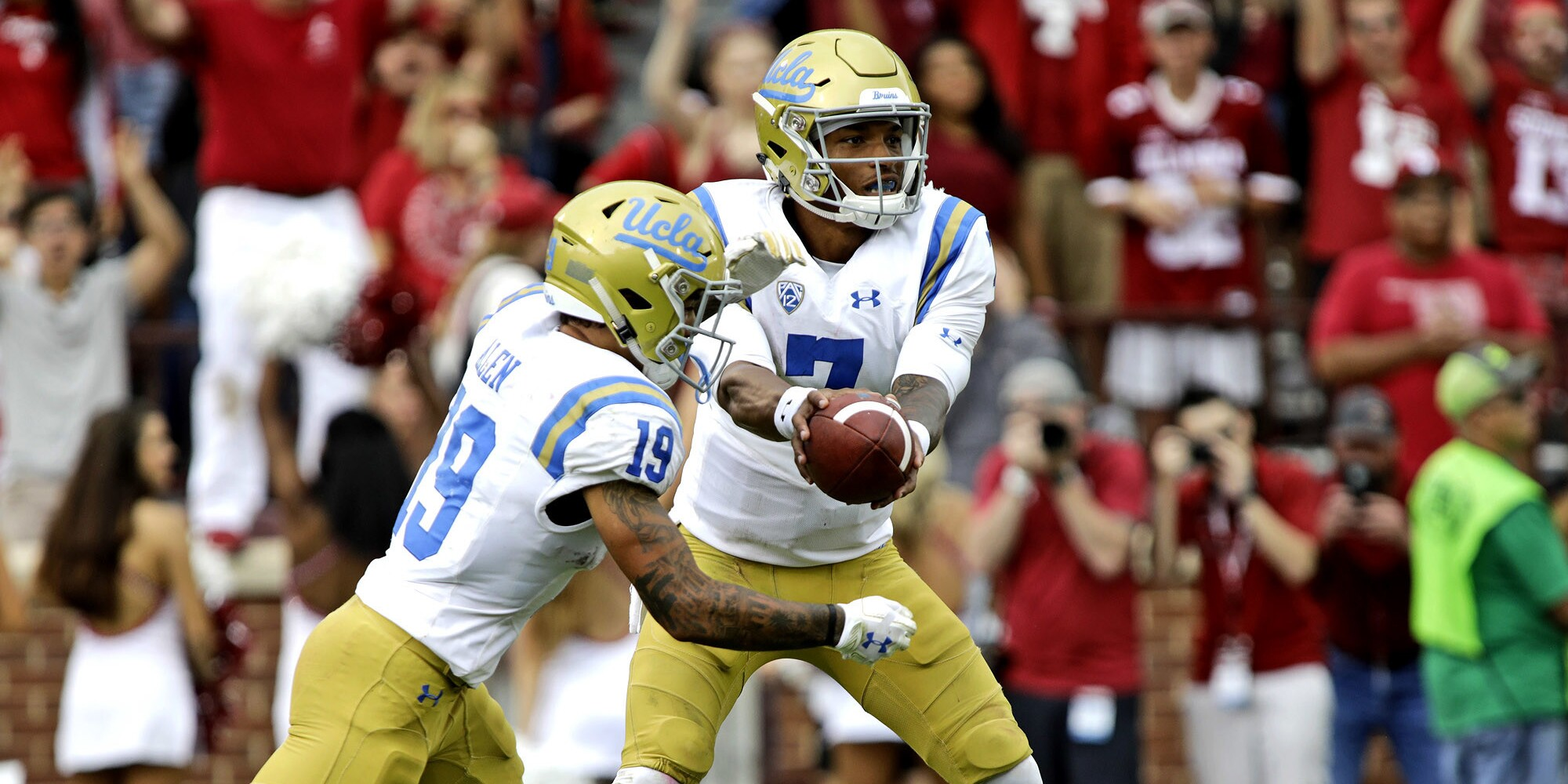 UCLA vs. Fresno State: Bulldogs 38, Bruins 14, fourth quarter