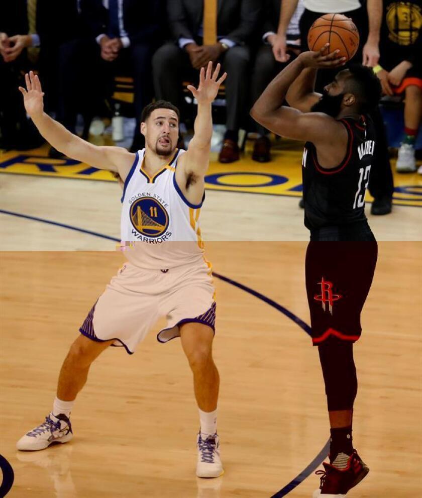 El jugador de los Golden State Warriors James Harden (i) lucha por el balón con Klay Thompson, de los Houston Rockets, durante el partido. EFE