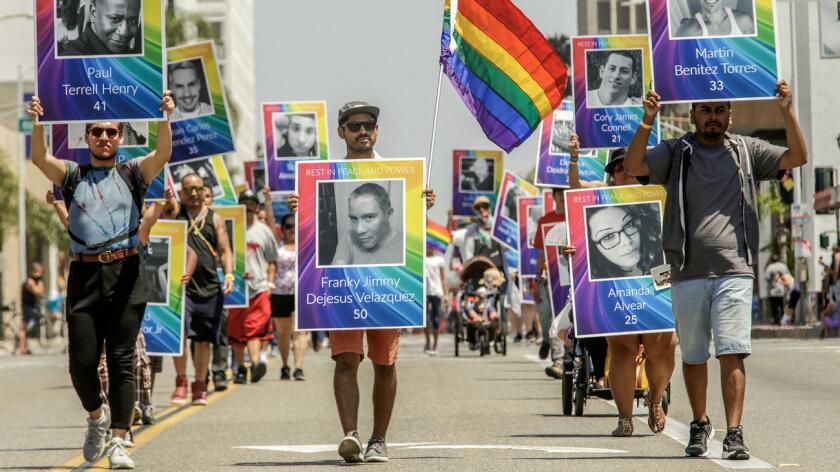 Las cifras más recientes dadas conocer por el FBI reflejan que de 790 delitos de odio por razones de etnia denunciados en el año 2014, 376 fueron contra latinos, mientras que los correspondientes a causa de la orientación sexual representaron el segundo número de delitos denunciados.