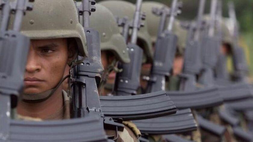 Ocho niños que habían sido reclutados como soldados por el grupo guerrillero Ejército de Liberación Nacional (ELN) fueron liberados en un operativo conjunto de militares y policías en Colombia.