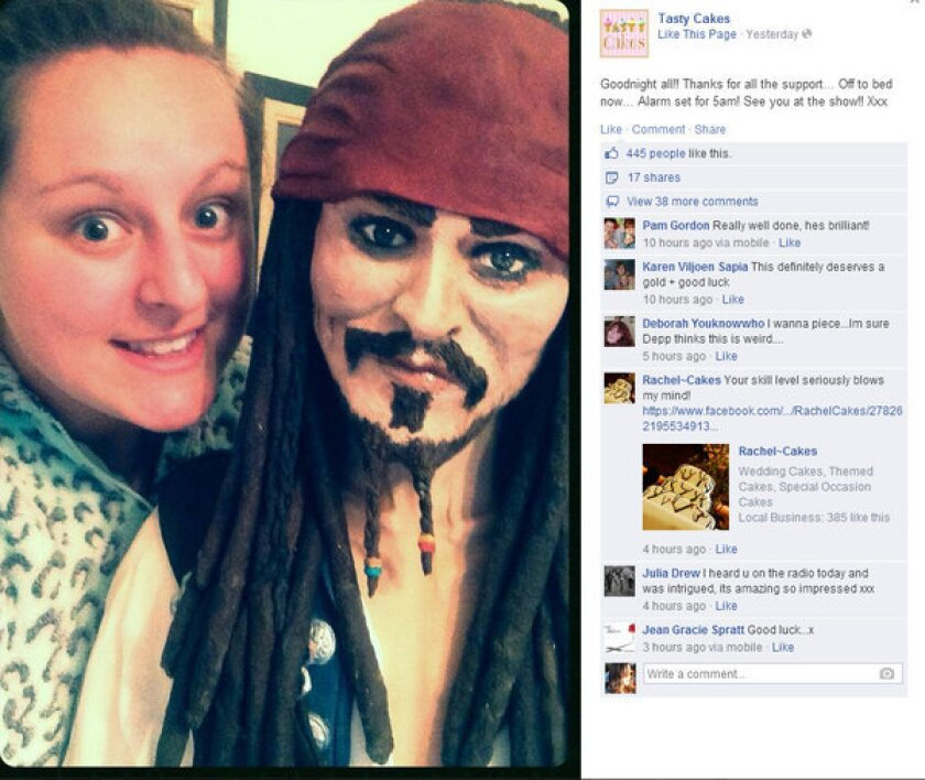 An amateur baker created a Johnny Depp cake for a cake competition.
