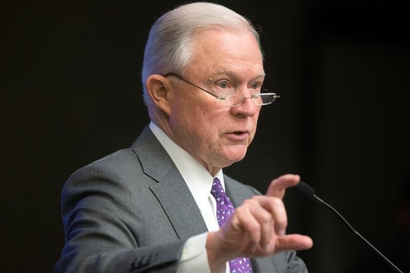 El Fiscal General de los Estados Unidos, Jeff Sessions, durante una conferencia de prensa. EFE/Archivo