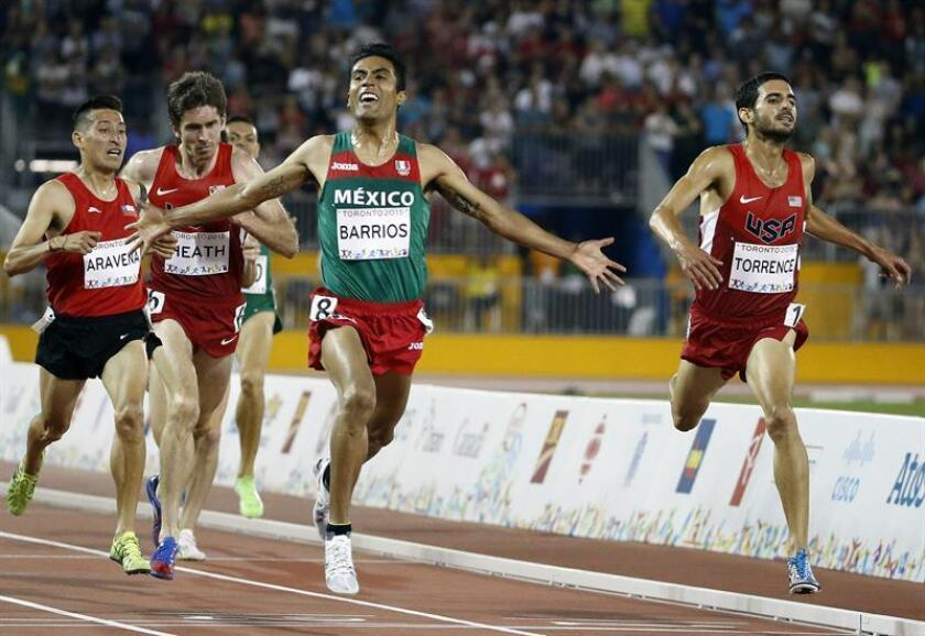 El atleta de México Juan Luis Barrios (c). EFE/Archivo