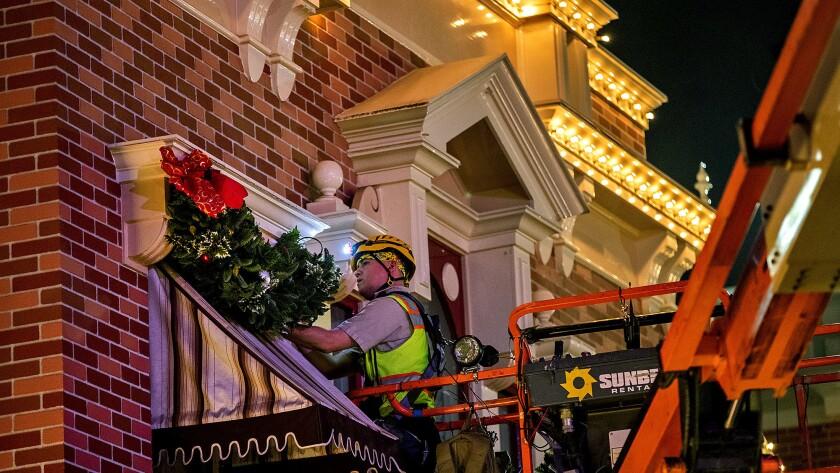 Disneyland Christmas makeover