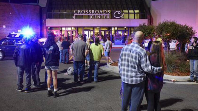 Durante el ataque, el agresor preguntó al menos a una persona si era musulmana antes de apuñalarla.