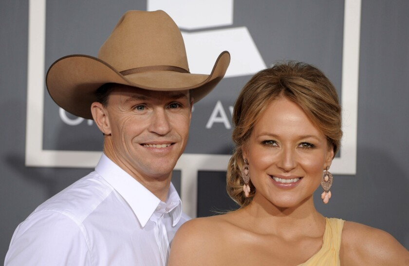 Singer Jewel and her husband Ty Murray are divorcing after six years of marriage.