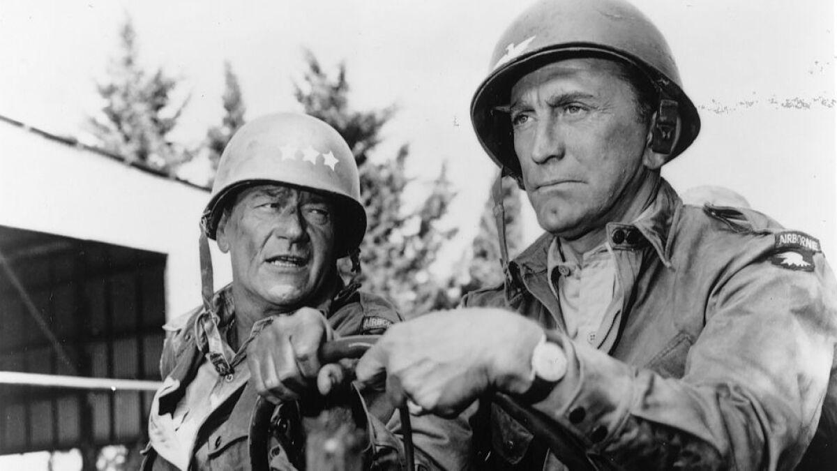 Kirk Douglas Dead At 103 Spartacus Star Helped End Hollywood Blacklist Los Angeles Times
