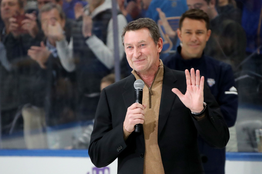 Wayne Gretzky addresses fans before the 2020 NHL All-Star Skills Competition in St. Louis.