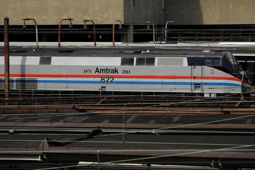 """La línea férrea de alta velocidad que conectará las ciudades de Miami y Orlando, en Florida, iniciará la semana del 8 de enero un """"servicio introductorio"""" entre Fort Lauderdale y West Palm Beach, anunció hoy la compañía Brightline. EFE/ARCHIVO"""