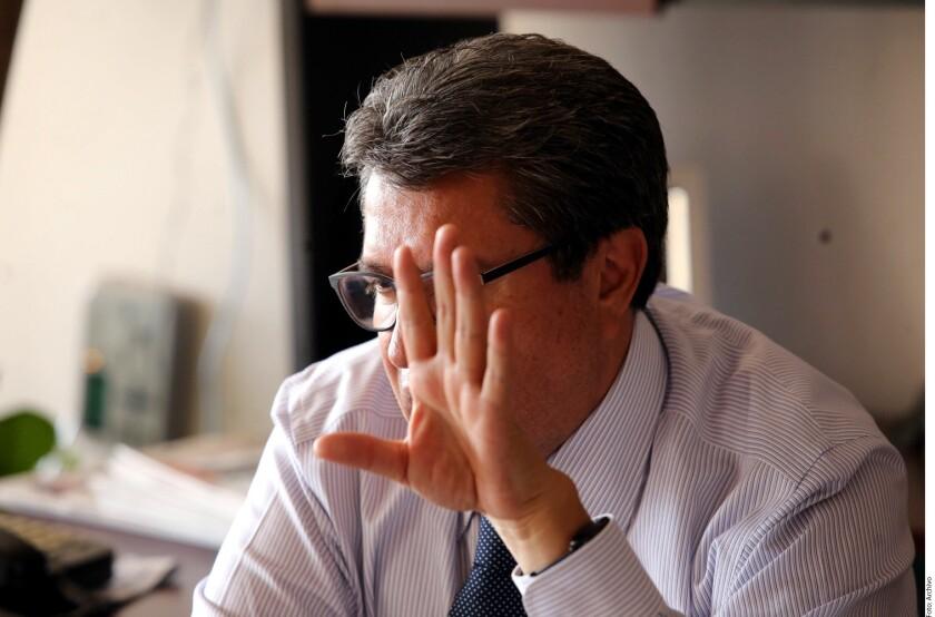 El ex Delegado de Cuauhtémoc, Ricardo Monreal, afirmó que aceptará la petición de Andrés Manuel López Obrador de asumir la coordinación de se campaña en la segunda circunscripción electoral, con cabecera en Monterrey.