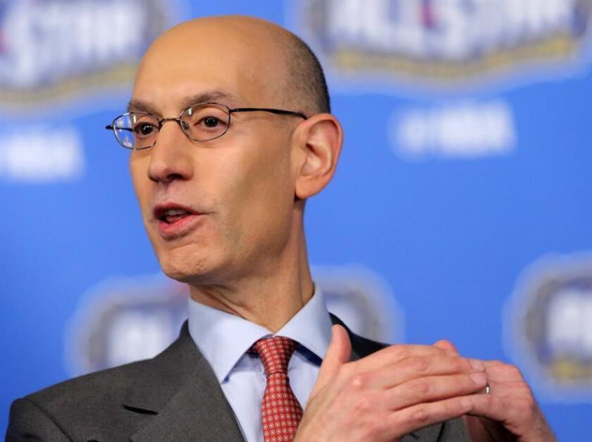 """El comisionado de la NBA, Adam Silver, dijo hoy que México, que celebra partidos de la liga estadounidense desde 1992, tiene la posibilidad de recibir a un equipo de la """"G League"""" (Liga de Desarrollo) en los próximos años. EFE/EPA/ARCHIVO"""