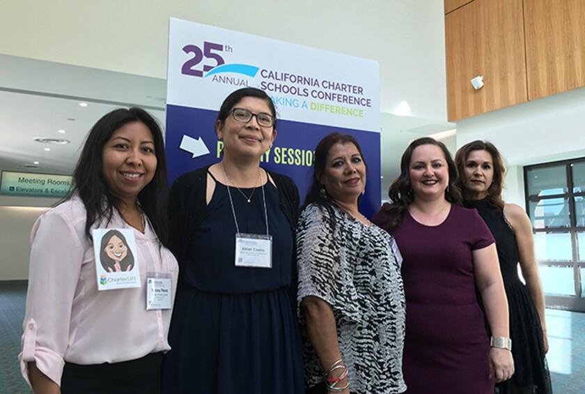 De izquierda a derecha: Bielma Pérez, Xitlali Castro, Ramona López, Roxann Nazario, and Esmeralda Medina el martes durante la 25th Annual California Charter Schools Conference en San Diego, donde fueron reconocidas. (Cortesía: CCSA)